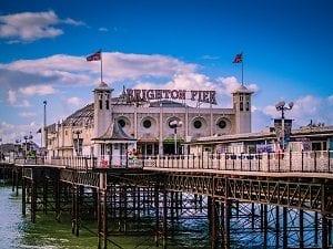 Brighton Pier, Inglaterra - Foto unsplash